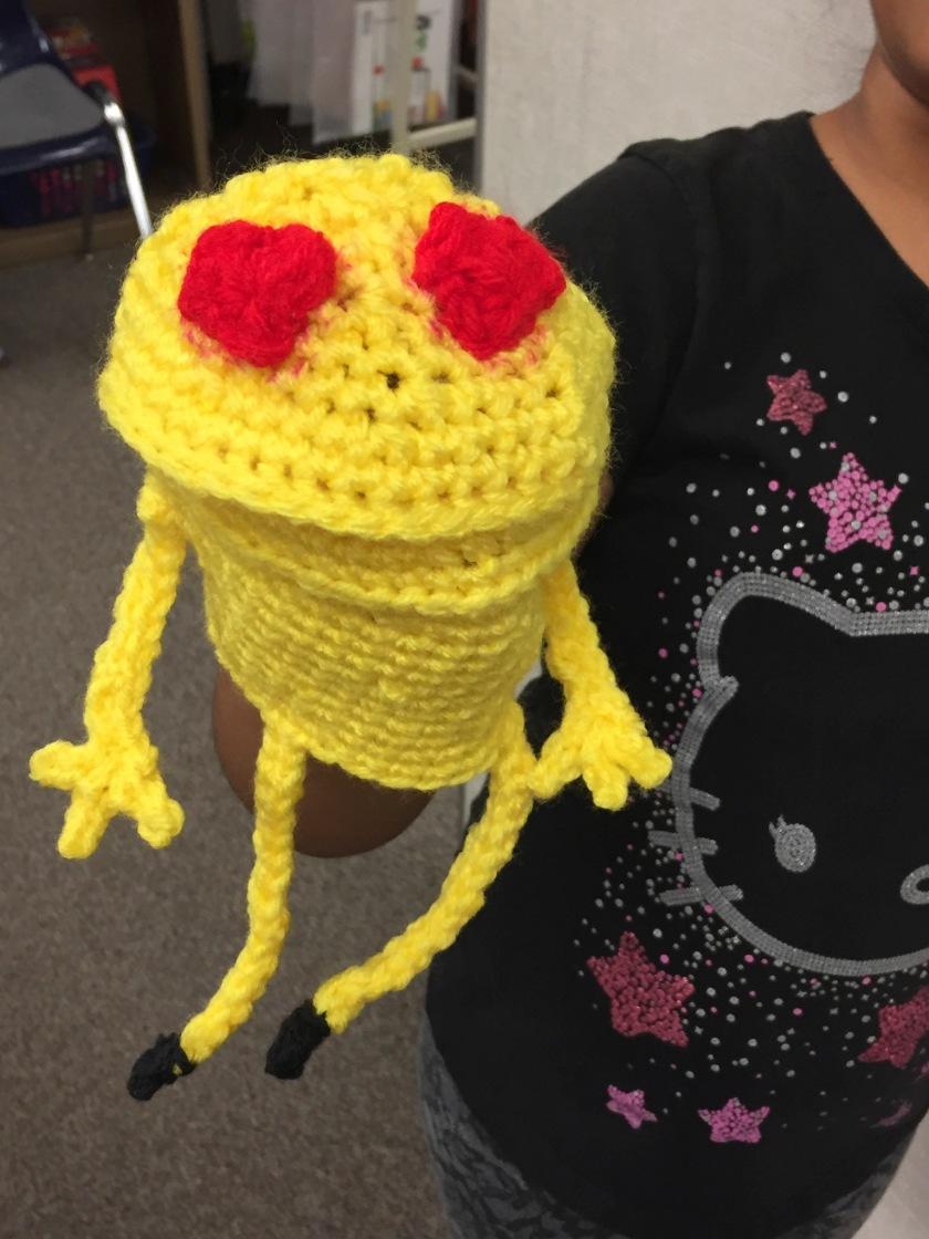 crochet heart emoji puppet_3.jpg
